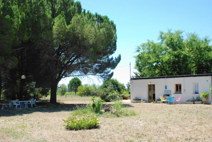 Maison plein-pied pleine nature, proche Sète.