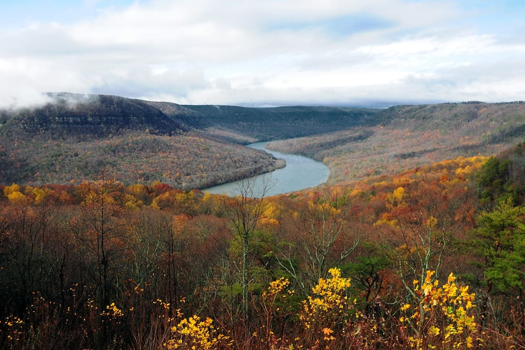 Fall View of the TN River Gorge from The Retreat at Sleepy Hollow