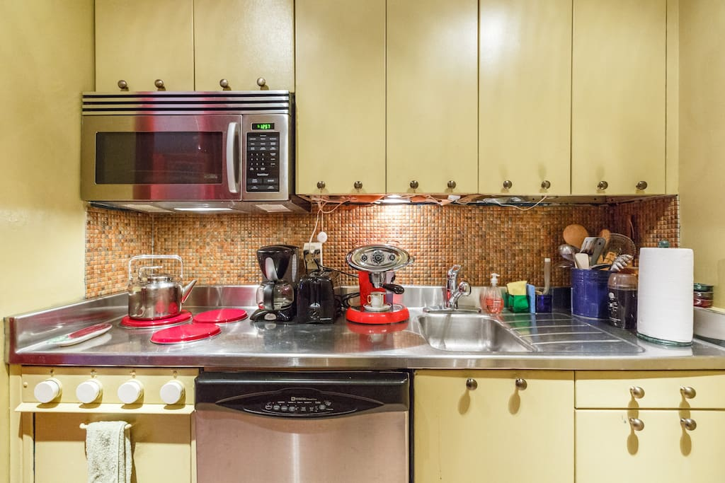 Your heaven in hells kitchen apartments for rent in new for Hell s kitchen nyc apartments