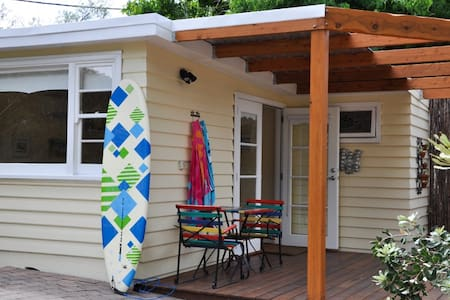 Somers Beach Cottage - Somers