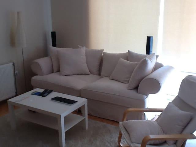 Kiralık daire oda Rent one room  - Izmir - Apartment