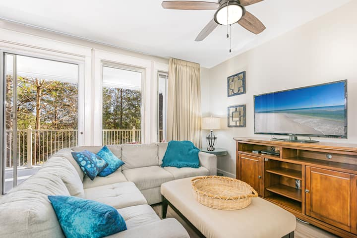 Rates Reduced 20% through 5/27  One bedroom Village of Baytowne Wharf condo