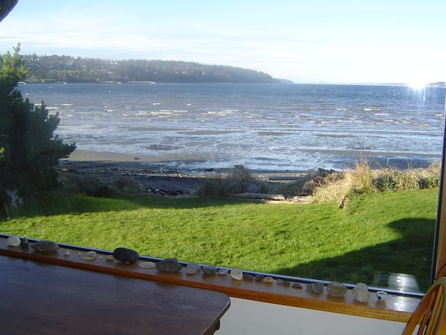 Whidbey Island cute Beach front House - Freeland - House