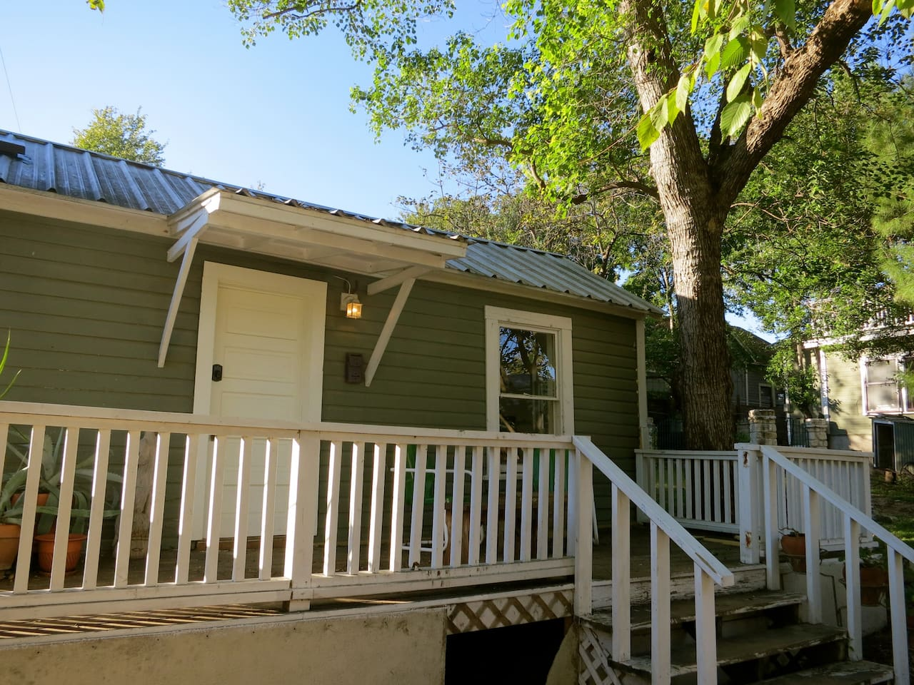 Welcome to the cottage on our secluded property, surrounded by trees and calm, just moments from downtown.