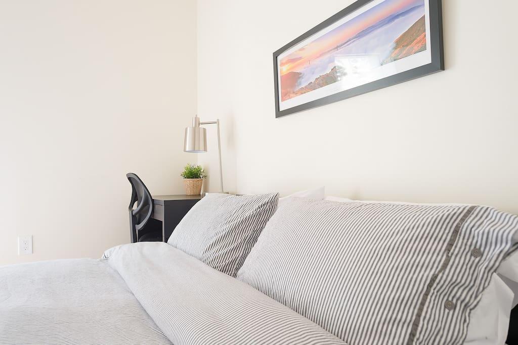 Super comfy pillows and sheets