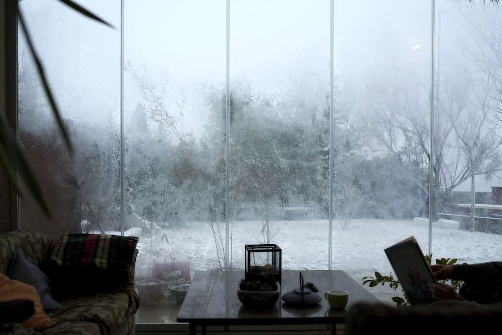 Porche en invierno (