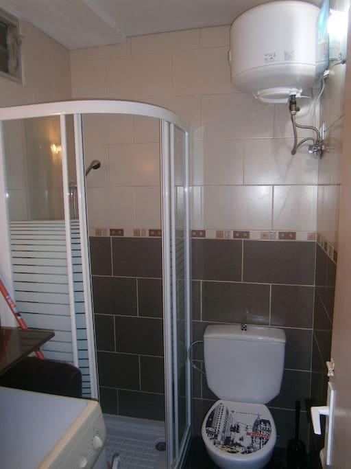 1 de los dos baños