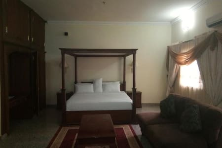 Asaa Pyramid Hotel -Presidential Suite