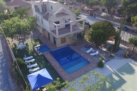 luxury villa in Alicante - Alicante  - Villa