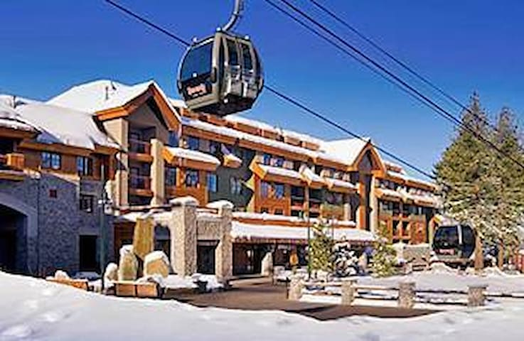 APRIL-MARRIOTT SKI IN/OUT@HEAVENLY Kitchen Hotub - South Lake Tahoe - Villa