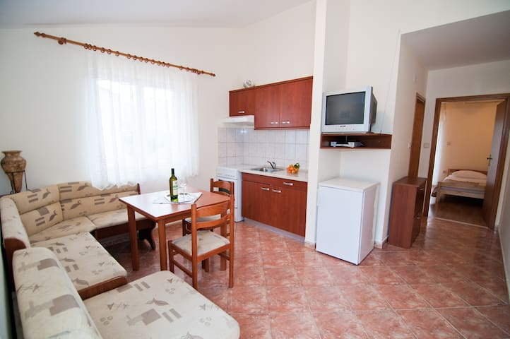 Beautiful apartments near Dubrovnik - Mlini - Lägenhet