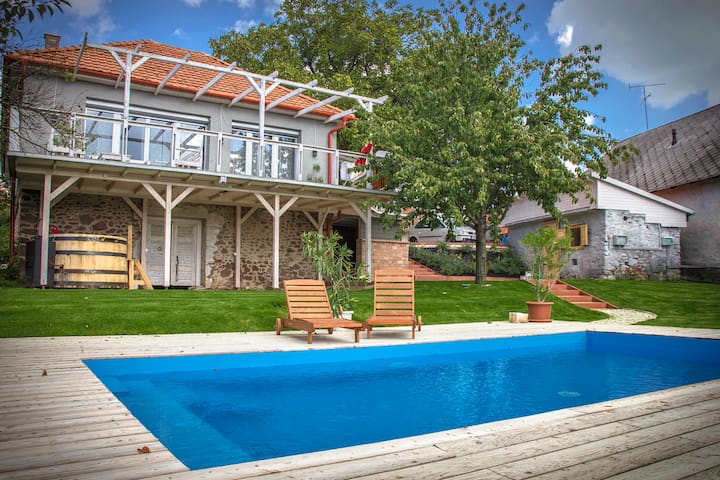 Casa Grandioso - Balatonalmádi