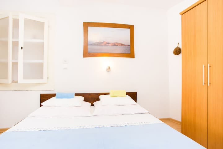 Studio apartment for two in Baska - Baška