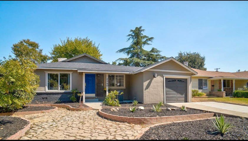 Charming 3 BR home, 10 min from downtown Sac