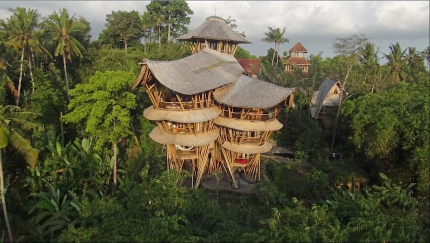 Extraordinary 5 floor Bamboo Palace - Abiansemal - House
