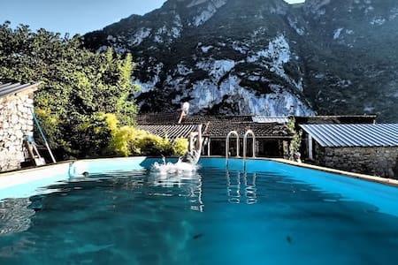 Apartment Sommet  (sleeps 2-5) - Ornolac-Ussat-les-Bains
