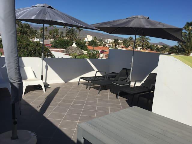 Perfect location for Yumbo & Dunes - Maspalomas - Villa