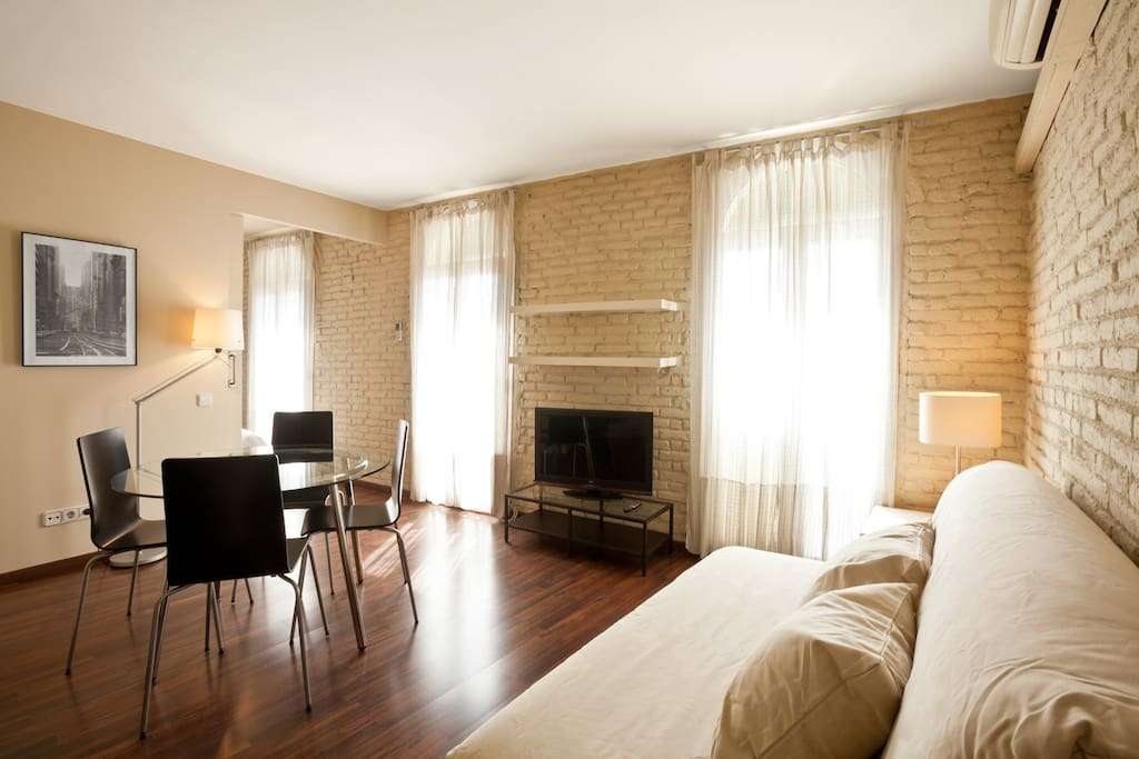 Sagrada familia design apartment appartements louer for Location appartement design barcelone