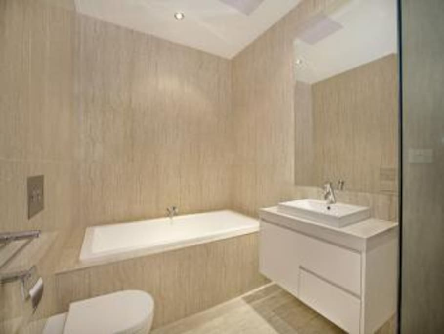 Beige and white bathroom style