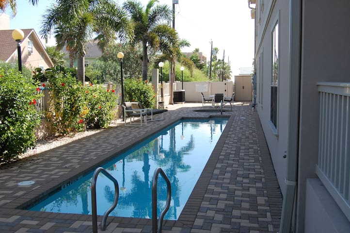 Fantastic Beach Cond(URL HIDDEN)  - South Padre Island - Apartment