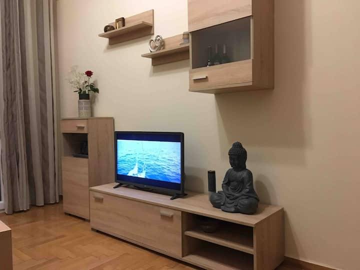 Cozy apartment near the port Piraeus 53 sq