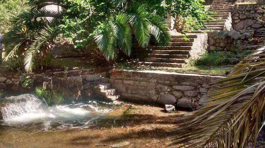 Casa con bajada al Río - La Rioja - Cabana