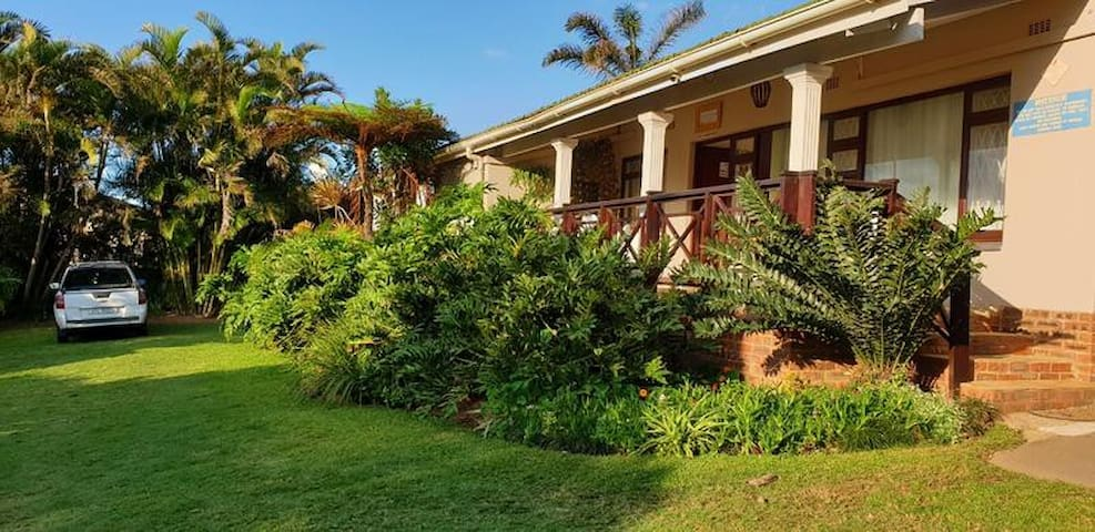 Shelly Beach Lodge - Double Rooms