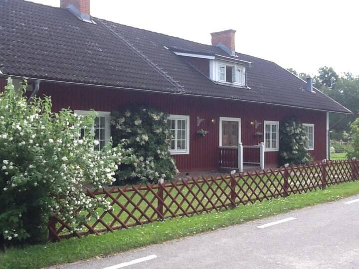 Mysigt rum på landet nära Mjärdevi/Linköping