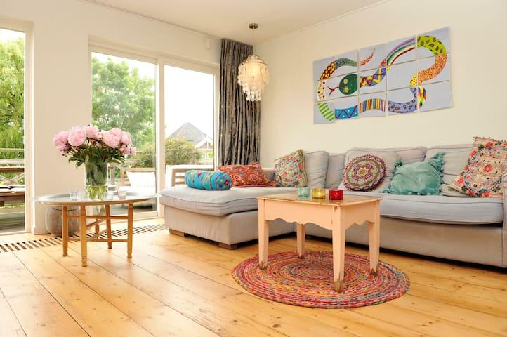 Great house at Durgerdammerdijk + free parking - Amsterdam - House