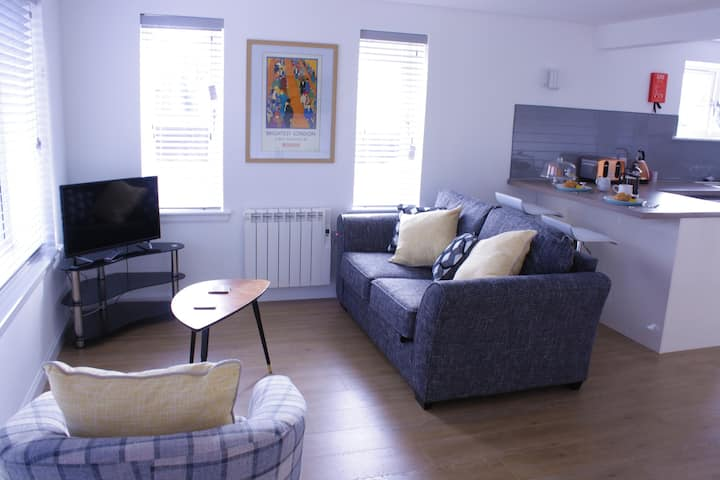 Luxury 1 Bedroom Apartment (Flat 1)