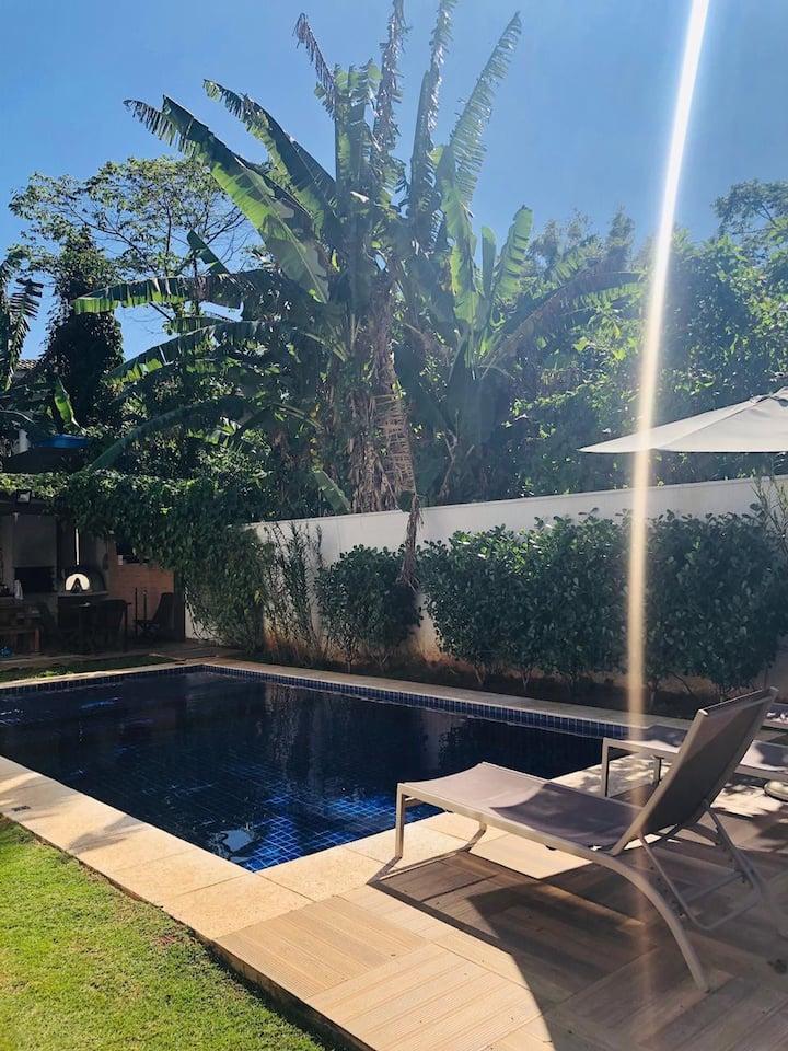 Casa em Condomínio Maresias - 70 mts da Praia!