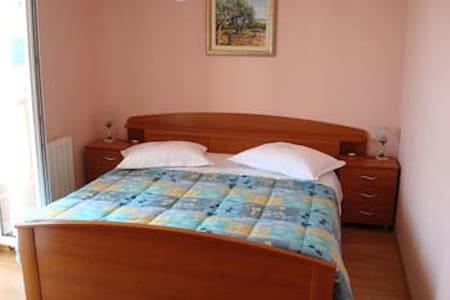 DOUBLE ROOM BELVEDERE MILA 3 - Rumah