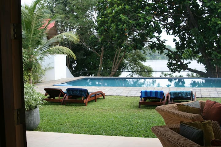 Hikkaduwa Lakeside Villa with pool - sleeps 6