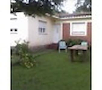 alquiler de casa por persona - Rio Ceballos - Chalupa