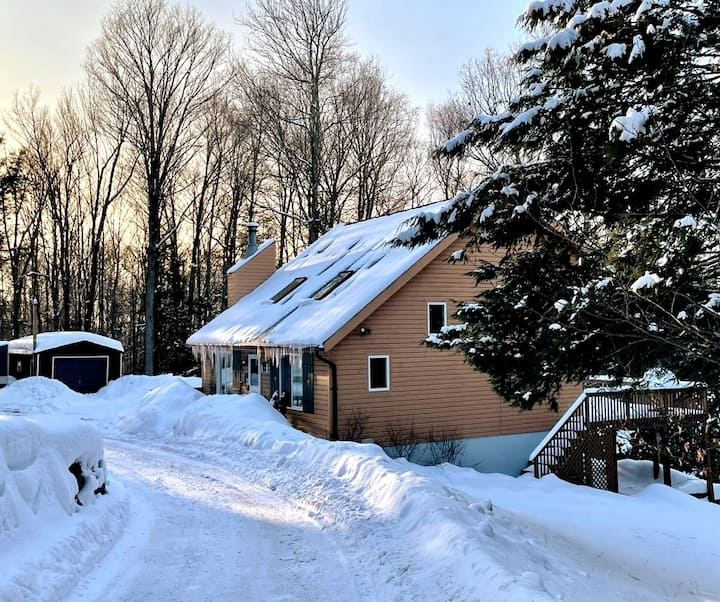 Greenstone Cottage ~ Home away from home!