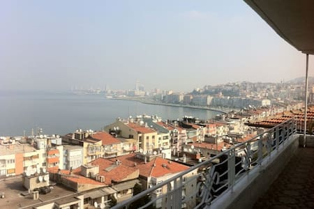 Very beautiful view  in Izmir , - Konak - Wohnung