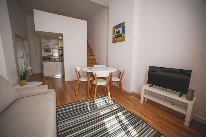 No. 6 BRAND NEW DOWNTOWN AP. 1 BEDROOM + 1 GALLERY - Zagreb - Guest suite