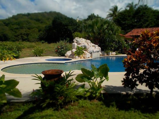 Private Villa 5 minutes to Beach - Playa del Coco
