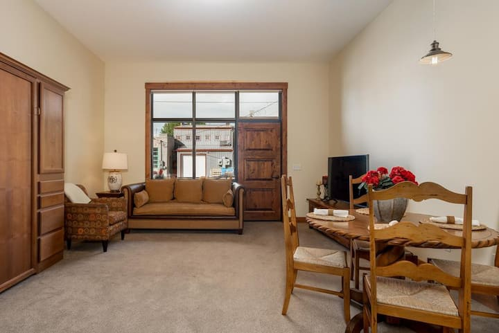 Great condo in Manhattan Montana