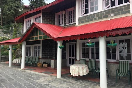 Birdwood Cottages - Luxury Cottages, Dalhousie