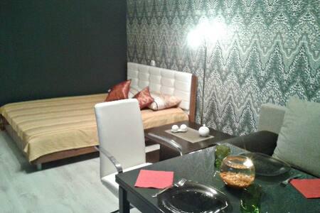 апартаменты в новом доме - ボロネジ - アパート