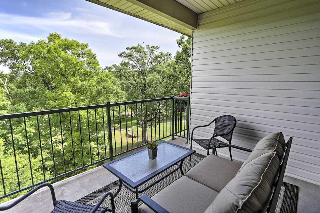 The balcony is sure to be a frequented gathering space for your travel group.
