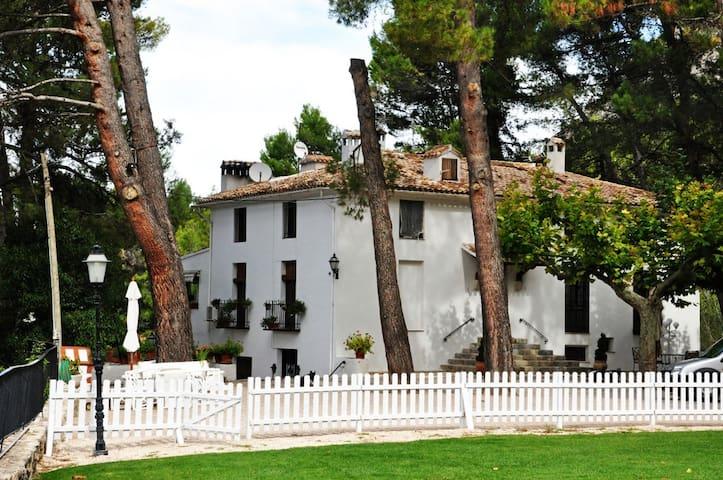 Casa Principal - Alcoleja