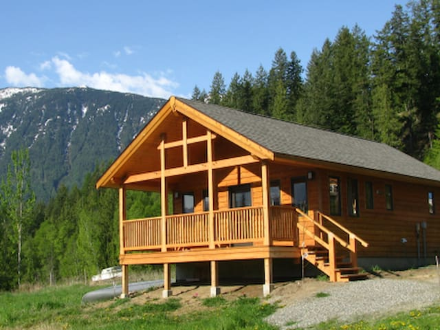 Purcell View Holiday Home, Kaslo BC - Kaslo - Mökki
