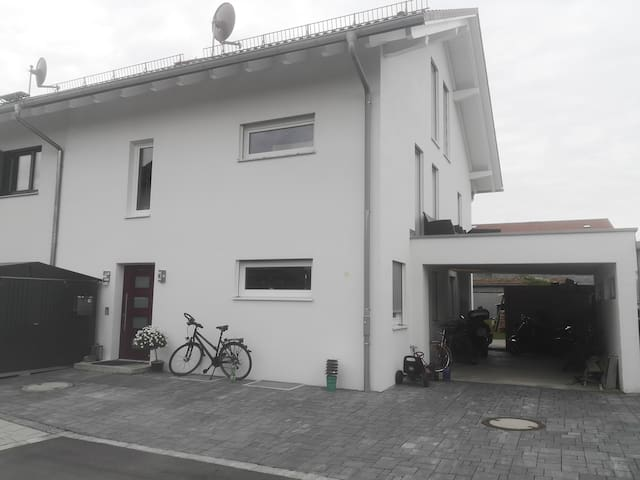 Wohnung in DHH