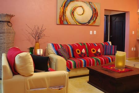 Best Location and price 2 bed Condo - Playa del Carmen