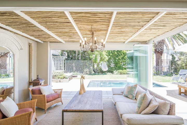 Chic, Relaxing Home with Pool by Camps Bay Beach