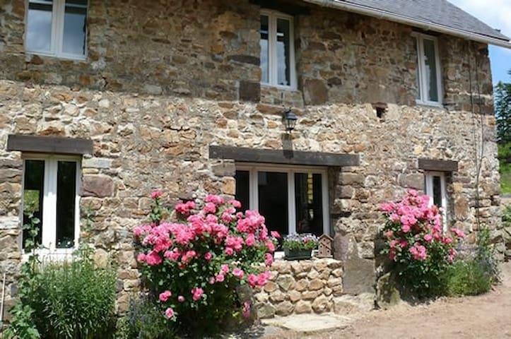 Gîte La Clef des Champs - Montpinchon - Přírodní / eko chata