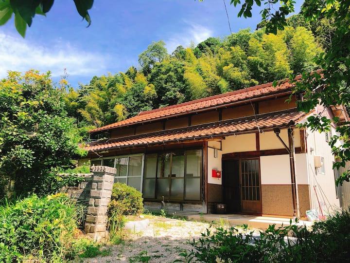 【古民家貸切の宿】〜千雲の郷〜築100年以上の古民家に滞在して島根の大自然を存分に満喫しよう!