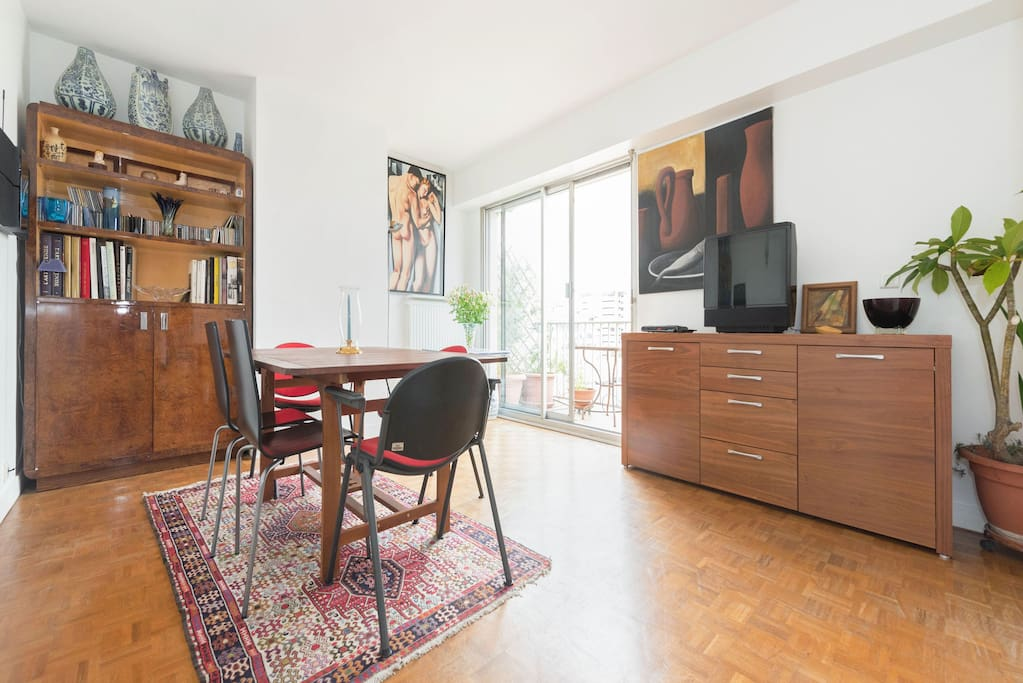 Duplex avec terrasse bien situe apartments for rent in for Living room 10m2